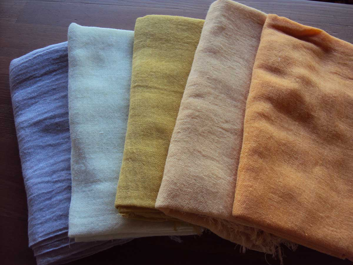 Stoffe Färben färben mit pflanzenfarben workshop tenri japanisch deutsche