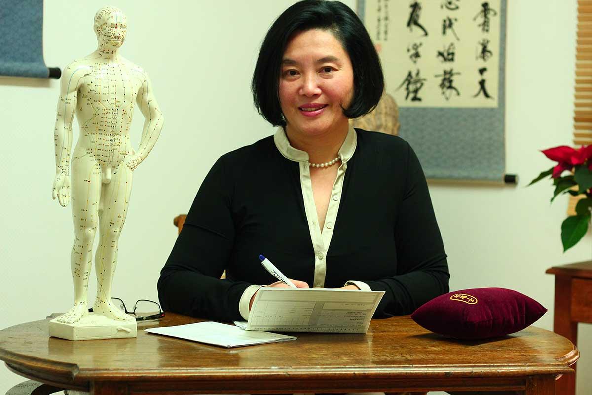 Dr. Min Zhao-Höhn